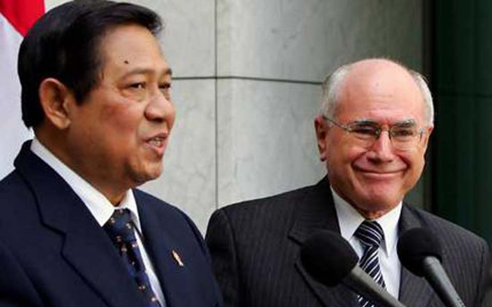 Australian PM John Howard and Indonesian President Susilo Bambang Yudhoyono (AP)