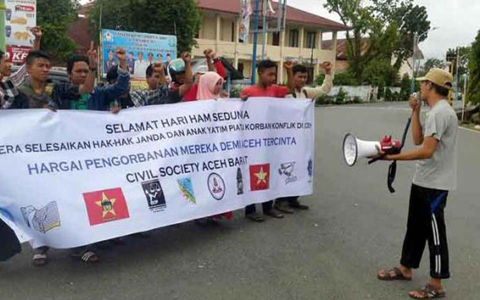 Civil society groups commemorate of Human Rights day in Aceh (Tribune)