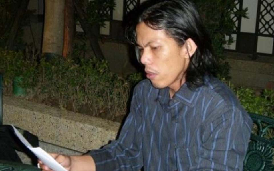 Interim Indonesian Legal Aid Foundation director Patra Zen (Tribune)