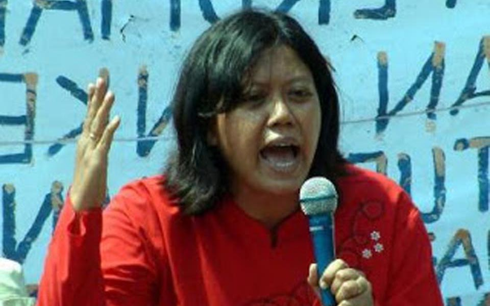 People's Democratic Party labour activist Dita Indah Sari (fnpbikima)