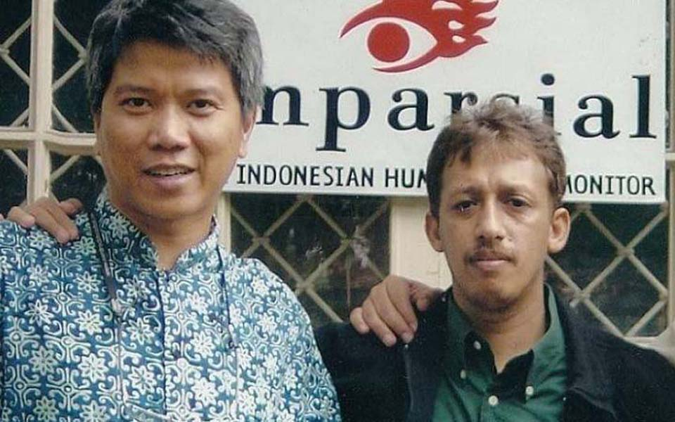 Rusdi Marpaung (left) pictured with Munir Said Thalib (KBR)