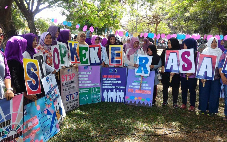 Women gather to commemorate IWD in Aceh (Aceh News)