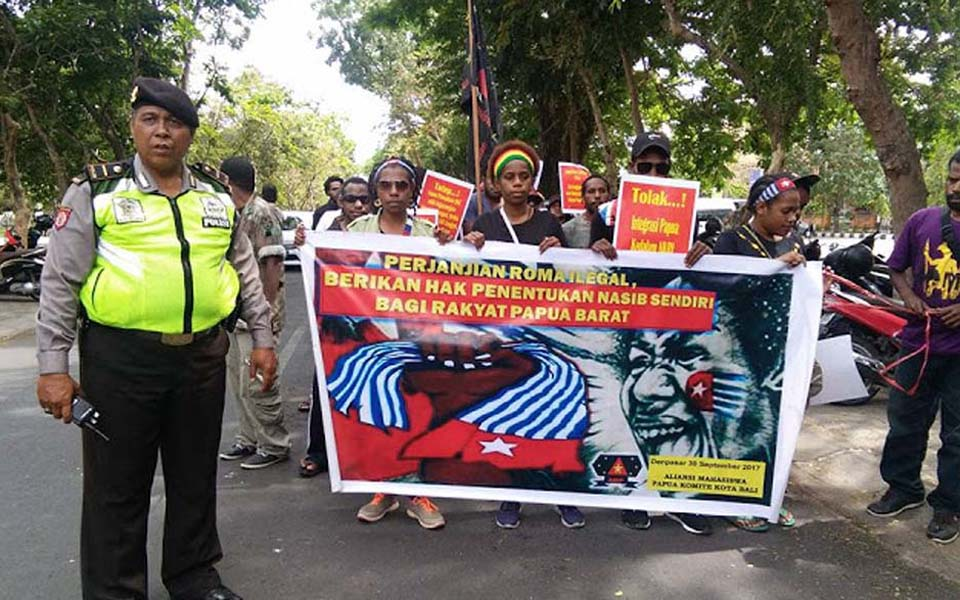 West Papuan student protest in Denpasar (phaul-heger)