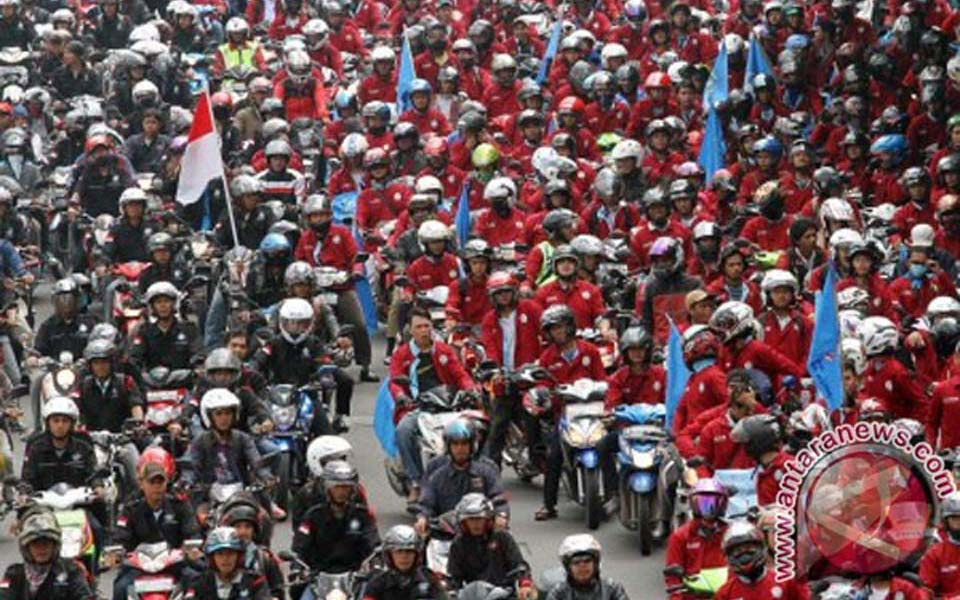 Workers rally in Jakarta to commemorate May Day (Antara)