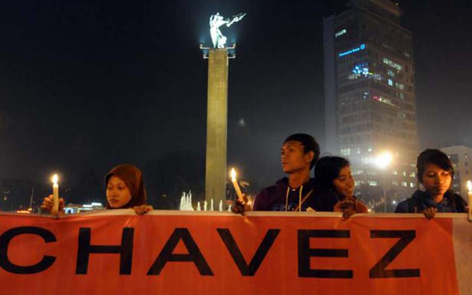 Solidarity action in support of Venezuela at National Monument in Jakarta (Viva)