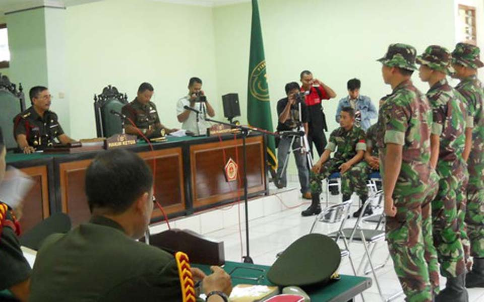 TNI soldiers stand trial at military tribunal in Papua (Okezone)