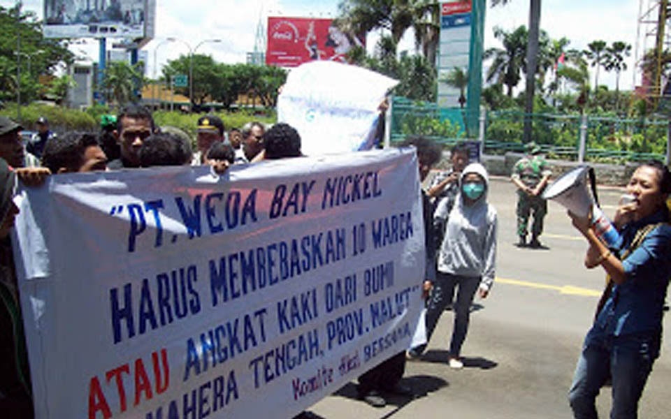 Students from Pembebasan protest against Weda Bay Nickel in Yogyakarta (Pembebasan)