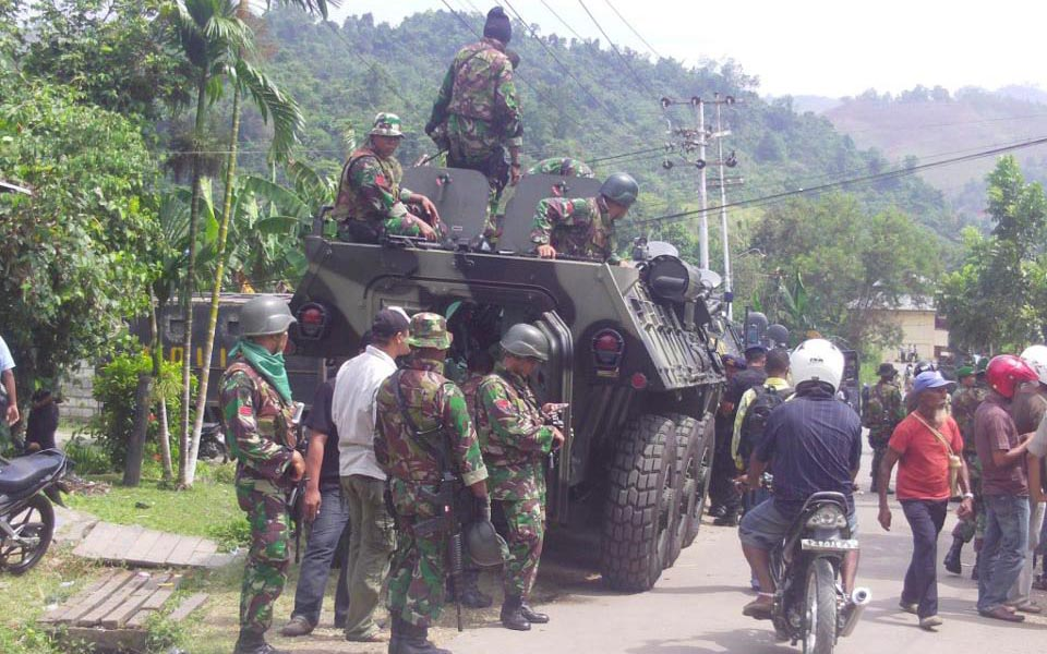 Security forces on alert at 3rd Papuan People's Congress - October 19, 2011 (Wilson)
