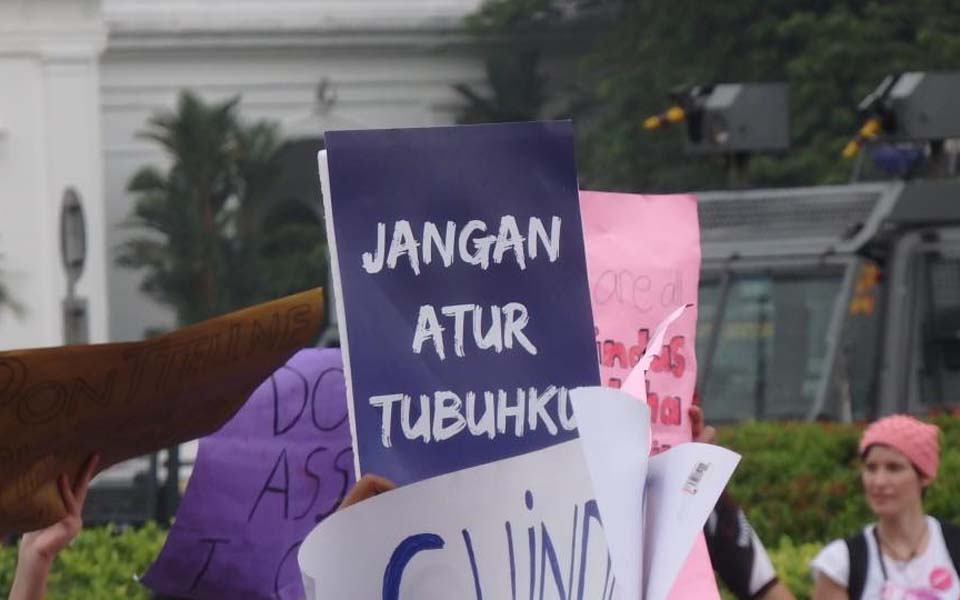 Women activists in Bandung say IWD must become fight for equality, against capitalism