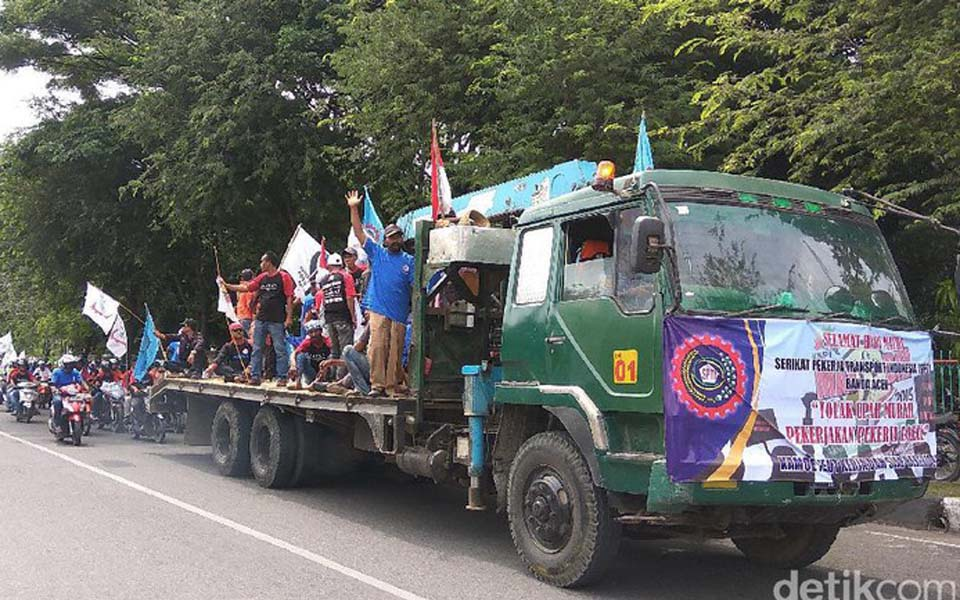Worker convoy commemorating May Day in Aceh - May 1, 2017 (Detik)