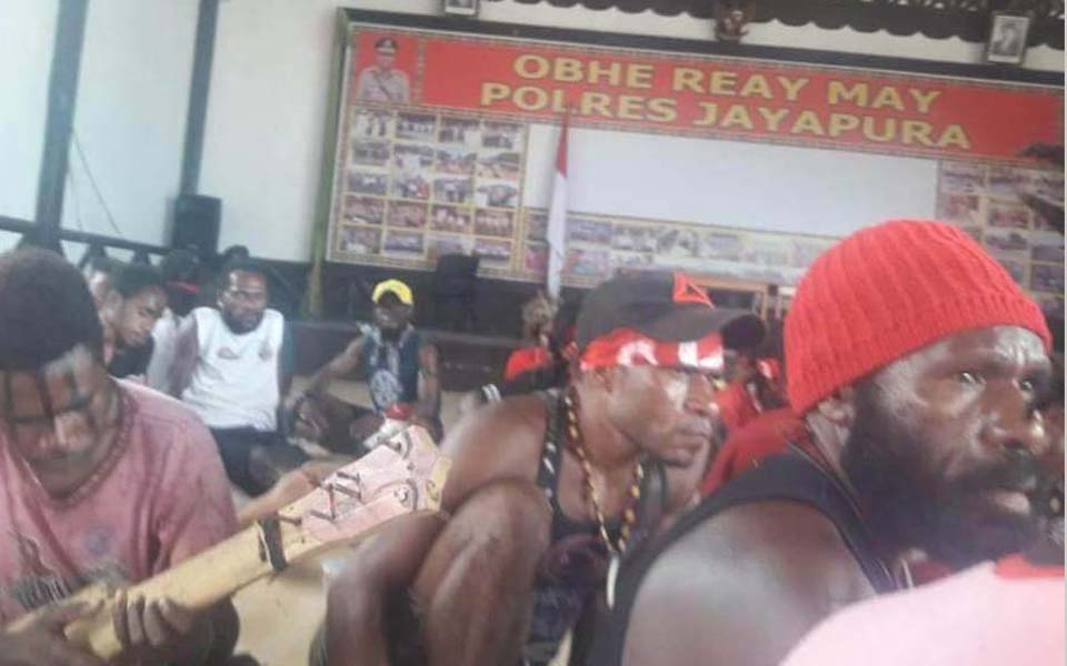ULMWP protesters detained by police in Jayapuara - September 4, 2018 (IST)