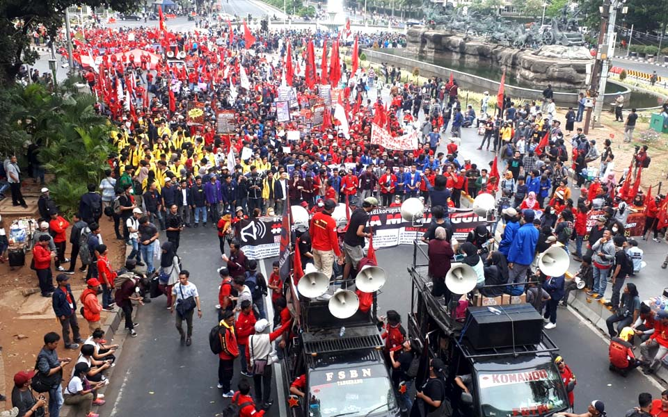 Indonesia Calling protesters join Reform Corrupted rally in Jakarta – October 28, 2019 (Buruh)