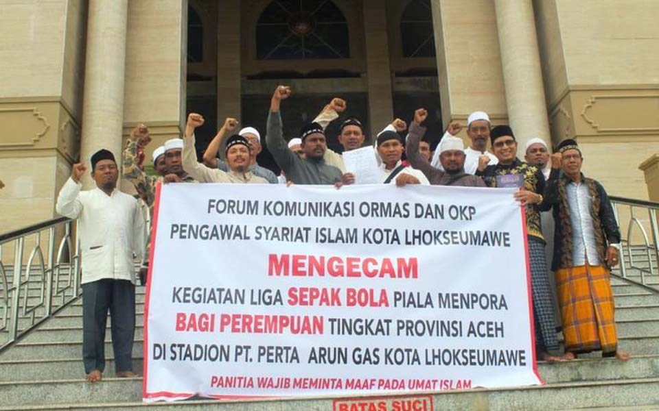 Islamic groups protest against women's soccer – July 4, 2019 (Kompas)