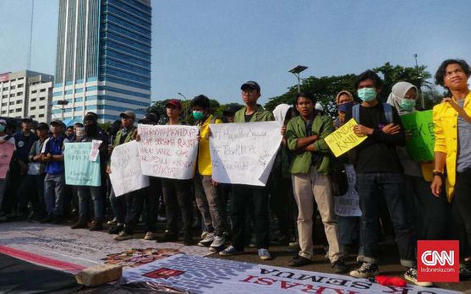 Protest against Draft Criminal Code in Jakarta (CNN)