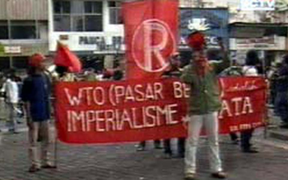 Protest against WTO and imperialism in Yogyakarta (Liputan 6)
