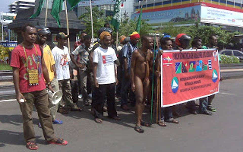 Papuan National Student's Front protest in Jakarta (tuantanahpapuanews)