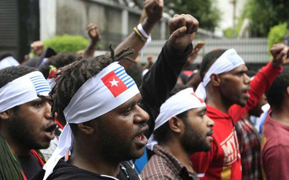West Papuans hold pro-independence rally in Jayapura (Tempo)