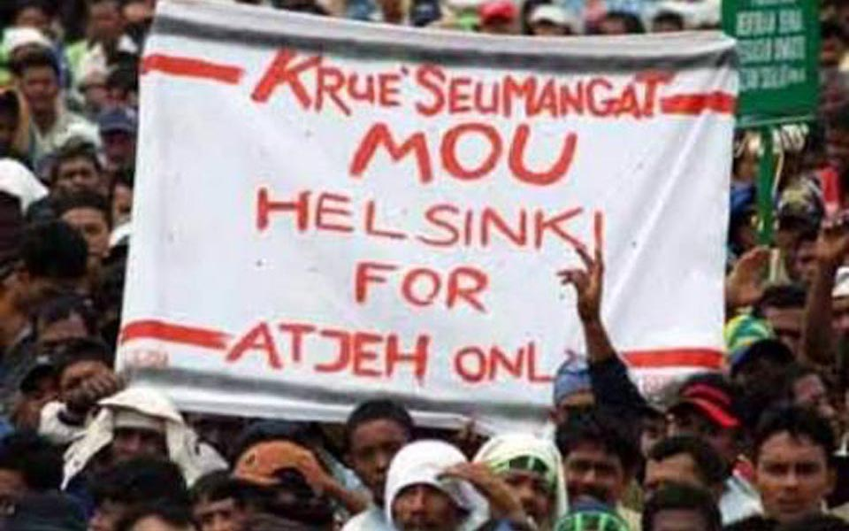 Students demand government ratify Draft Law on Aceh Government (Sumugah)
