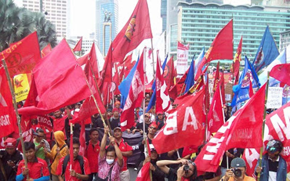 Workers Challenge Alliance rally in Jakarta (PM)