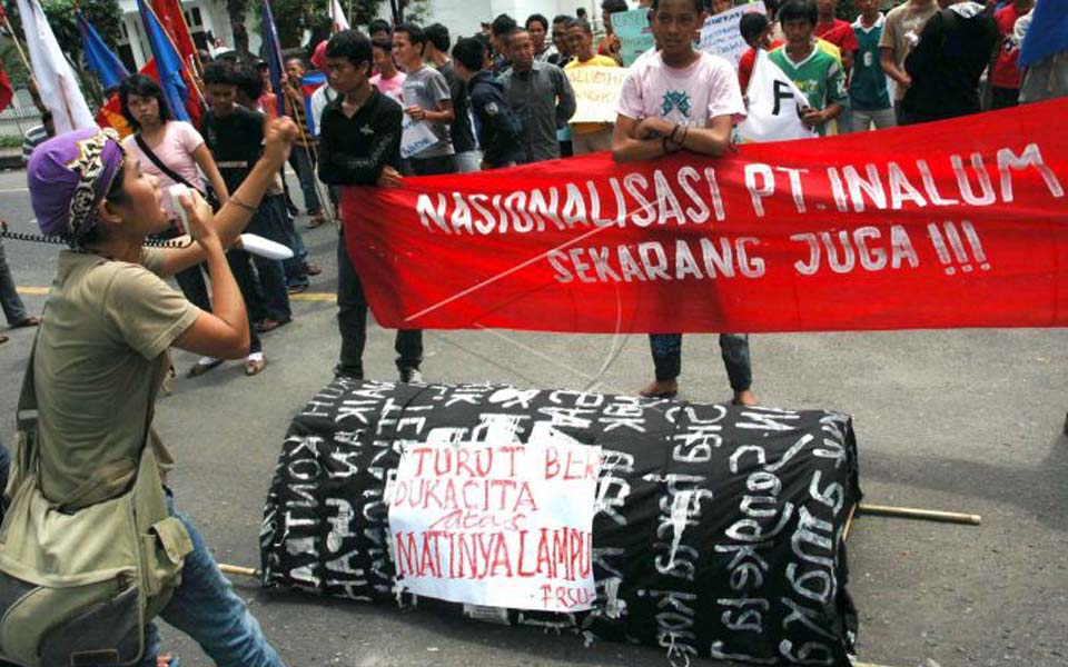 Protesters in Medan call for nationalisation of PT Inalum (Antara)