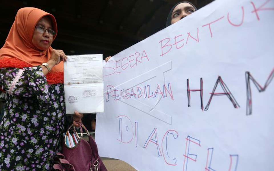 SPKP HAM protest at Aceh Regional House of Representatives (Antara)