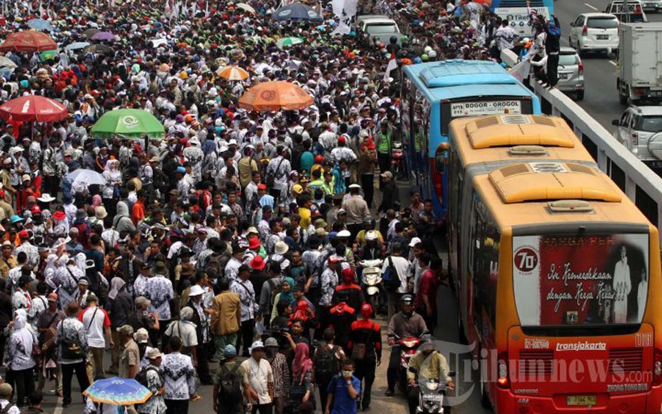Protest action creating traffic congestion in Jakarta (Tribune)
