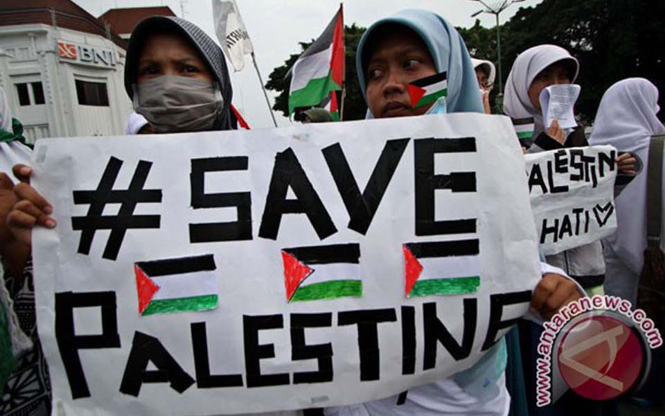 Student activists hold Palestine solidarity action in Yogyakarta (Antara)