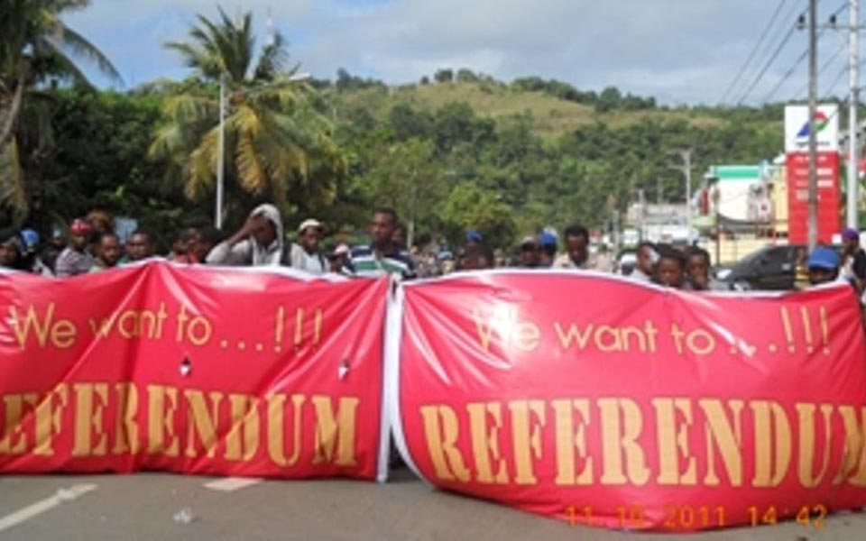 West Papuan protesters in Jayapura demand referendum (Aceh Traffic)