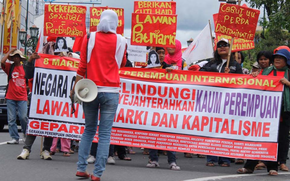 Women activists commemorate IWD in Yogyakarta - March 8, 2012 (PM)
