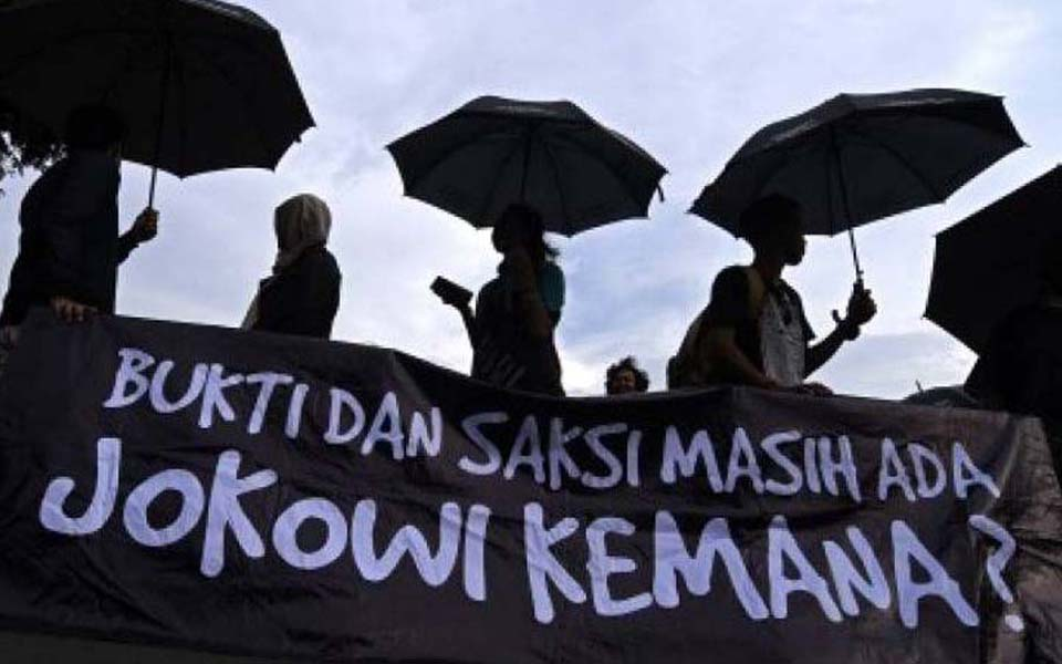 Thursday action - 'Evidence and Witnesses Exist. But Where's Jokowi' - Undated (KBR)