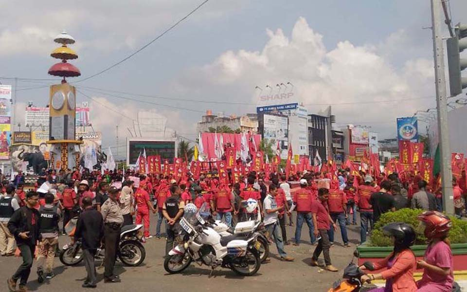 PPRL workers commemorate May Day in Banda Lampung - May 1, 2018 (Tribune)
