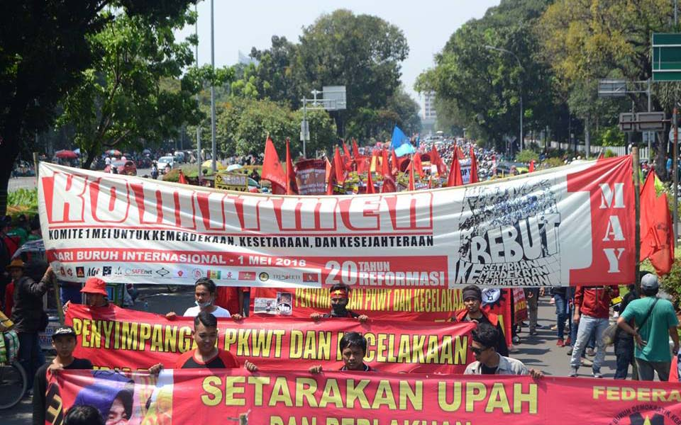 Sedar workers rally on May Day in Jakarta - May 1, 2018 (Sedar)