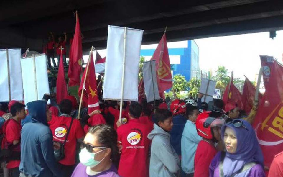 Workers commemorate May Day in Makassar - May 1, 2018 (Tribune)