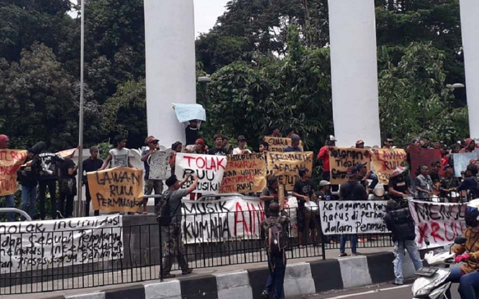 Artists and street musicians rally in Bogor – February 10, 2019 (Inilah)