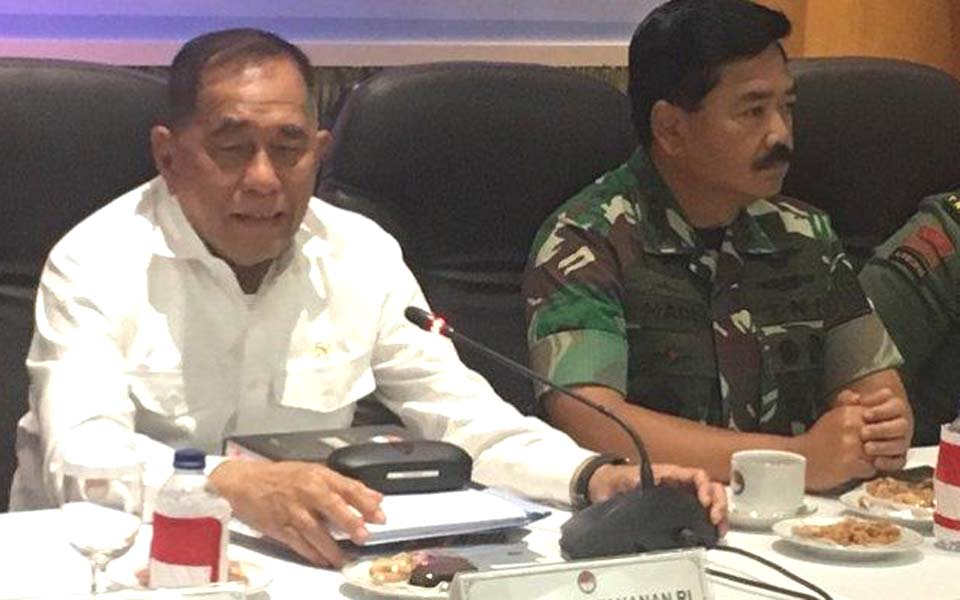 Defence MinisterRyamizard Ryacudu (left) and Hadi Tjahjanto – January 16, 2019 (Tribune)