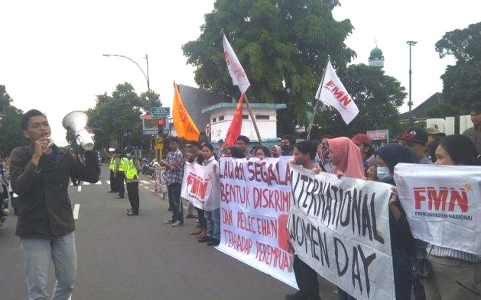 FPR Banyumas rally commemorating IWD – March 8, 2019 (Tribune)