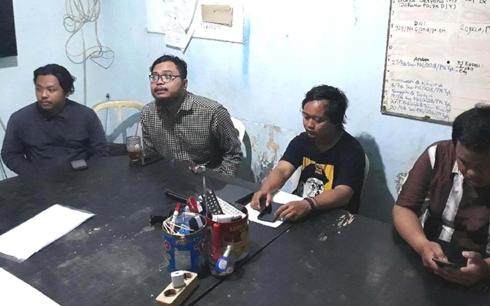 Golput declaration at PBHI office in Yogya – April 5, 2019 (Detik)