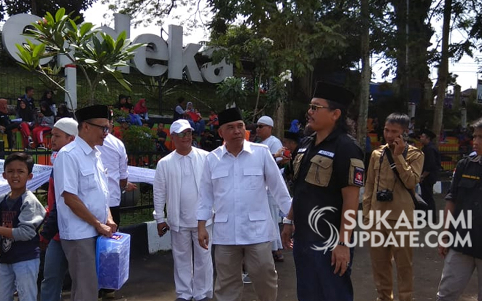 Heri Gunawan after petition signing – February 24, 2019 (Sukabumi Update)