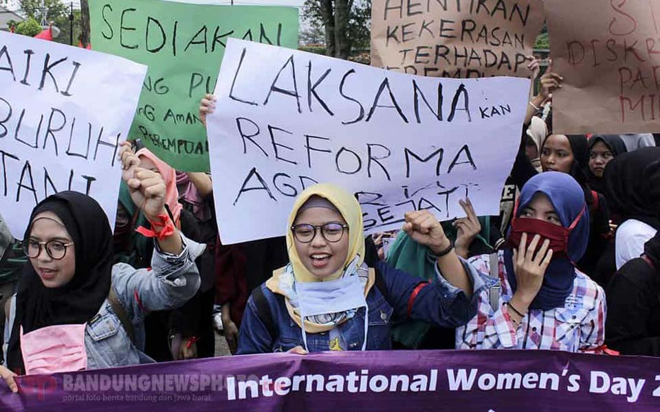 IWD march in Bandung – March 8, 2018 (Bandung News)
