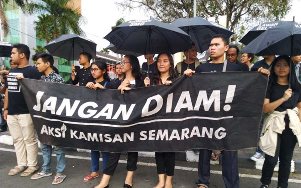 Kamisan action rejecting TNI's dwi-fungsi in Semarang – February 28, 2019 (Gatra)