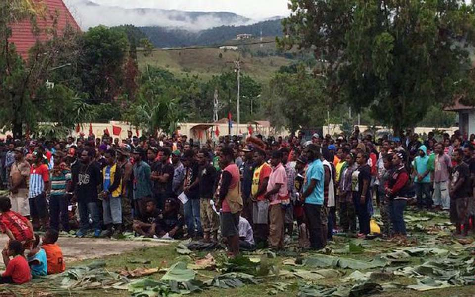 KNPB members hold joint prayers in Papua (CNN)
