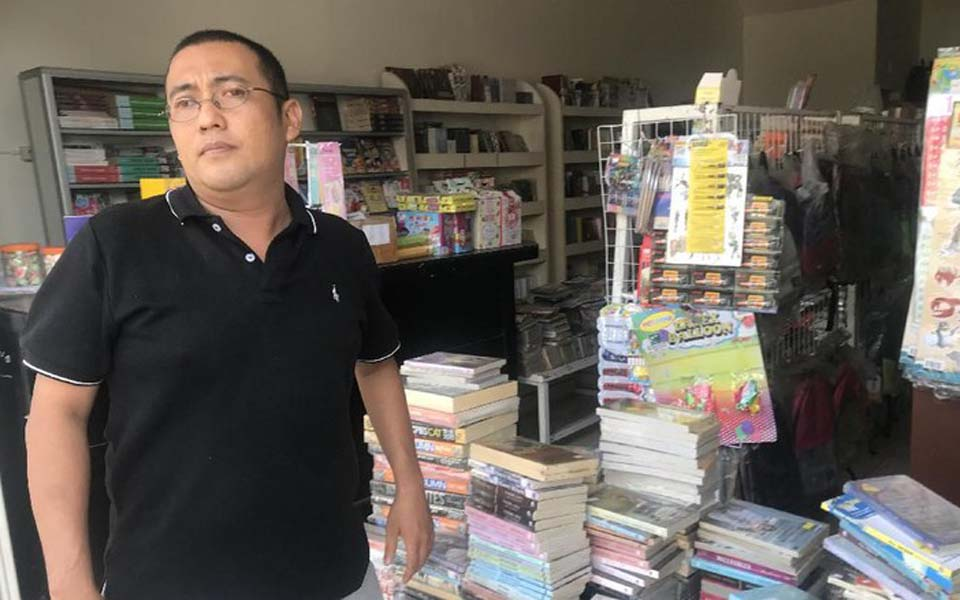 Nagare Boshi bookshop owner Yanto Tjahaja – January 10, 2019 (Detik)