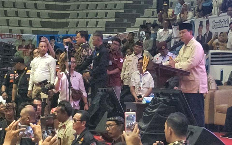Prabowo at Beautiful Mini Indonesia Park – March 15, 2019 (Kompas)