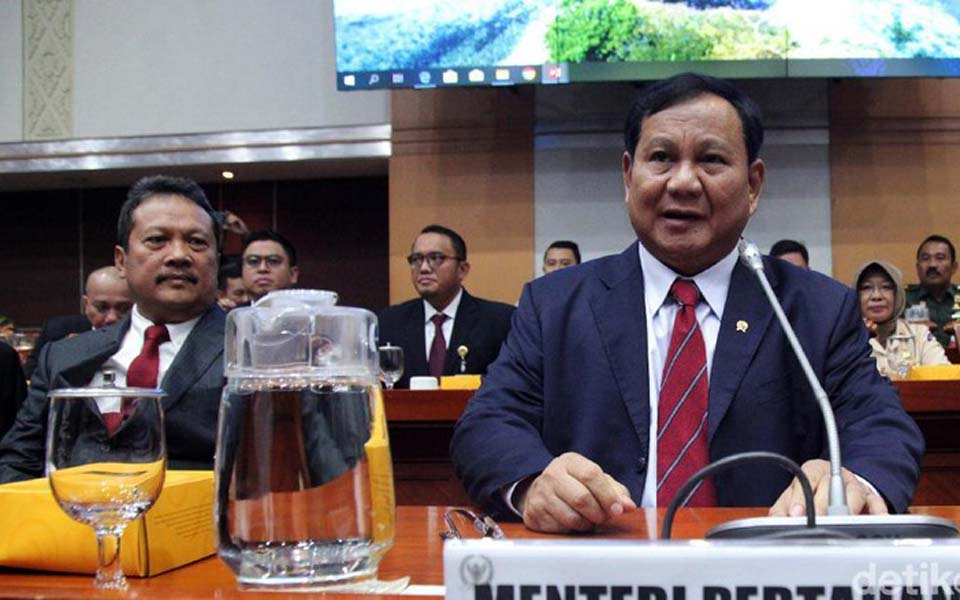 Prabowo (right) speaking at Commission I working meeting – November 11, 2019 (Detik)