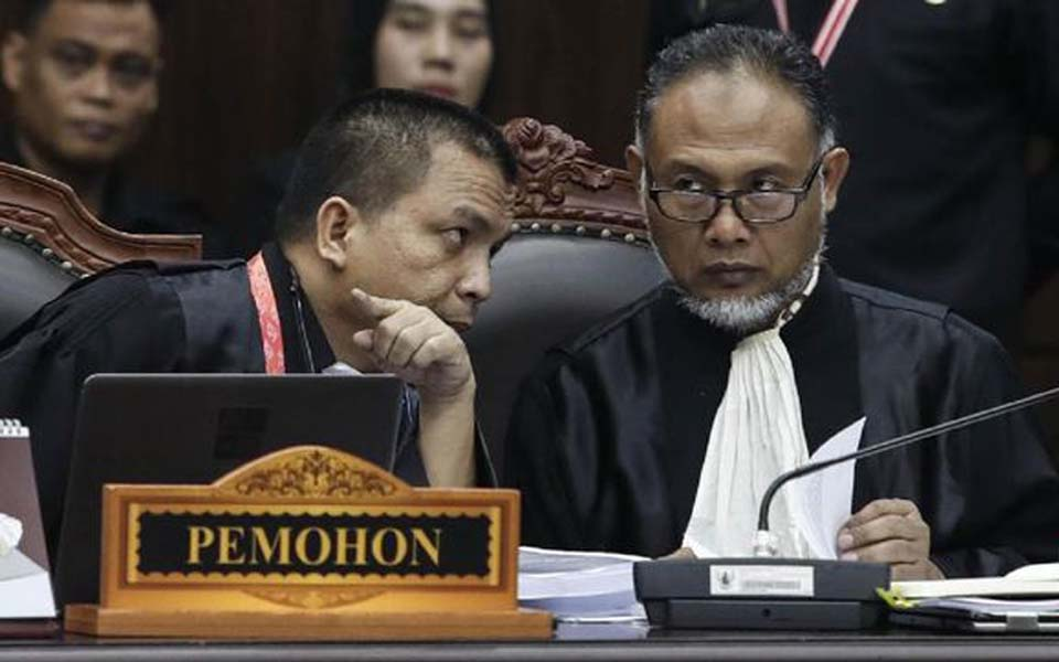 Prabowo-Sandiaga legal team at first Constitutional Court hearing – June 14, 2019 (CNN)
