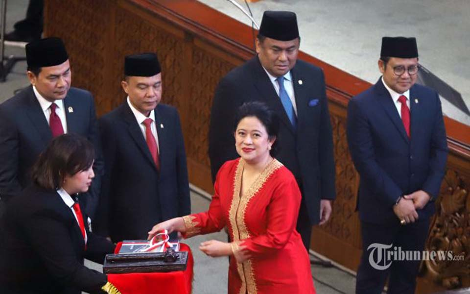 Puan Maharani being sworn in as new DPR speaker – October 1, 2019 (Tribune)