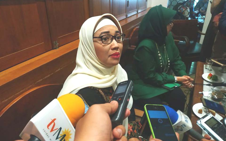 Retno Listyarti speaks to reporters – July 20, 2019 (Alinea)