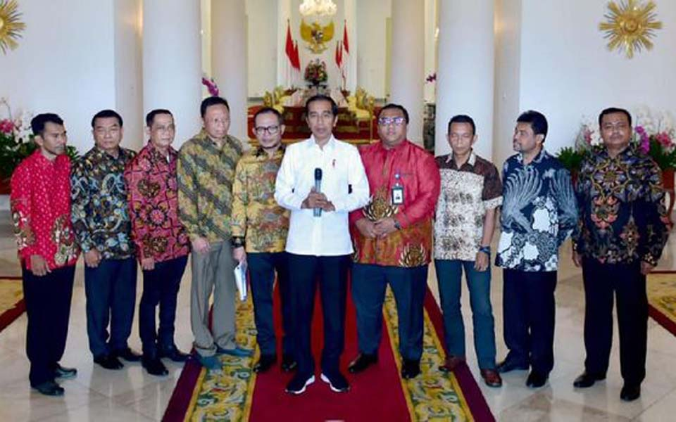 Widodo and trade union leaders at Bogor Palace – April 26, 2019 (Presidential Press Secretariat)